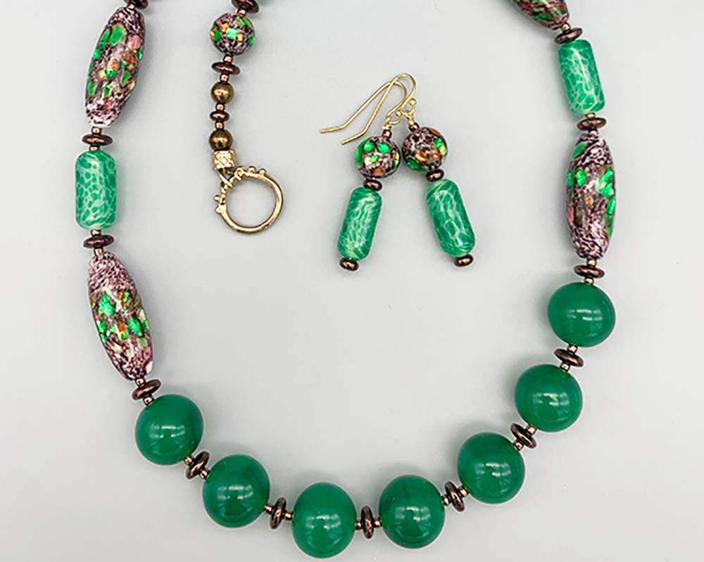Necklace set | Vibrant green mid-century glass beads