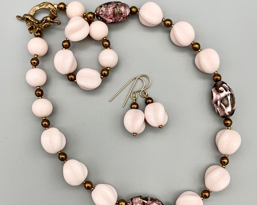 Necklace set | Pale pink vintage glass beads, purple-violet/silver foil focals